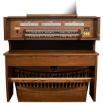Rodgers Classic Series 559 Organ Console