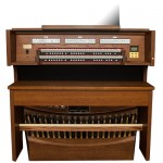 Rodgers Classic Series 569 Organ Console