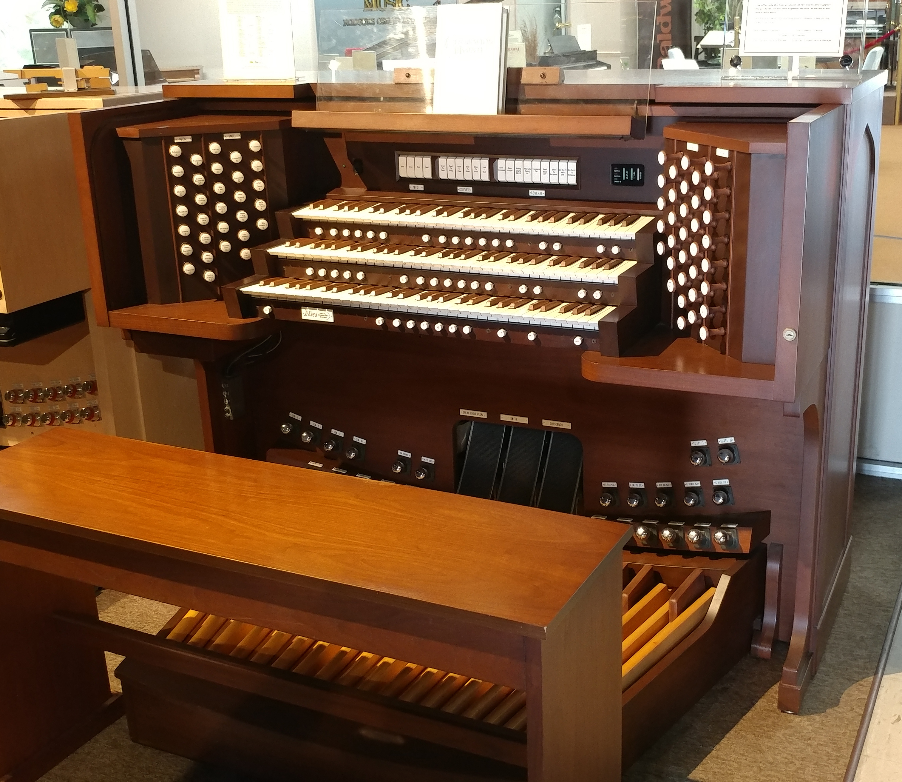 Used Allen & Johannus Organ Florida | Used Pianos & Organs